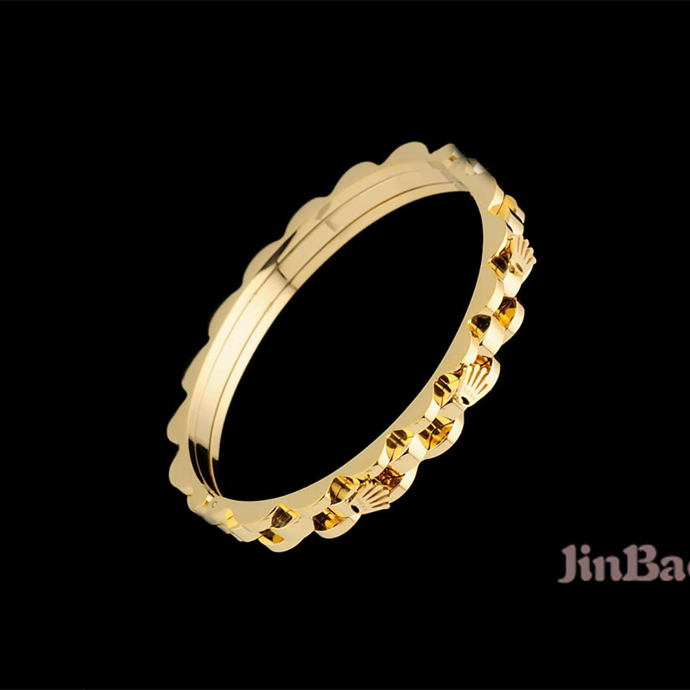 Bracelet in Golden - FashionBeast