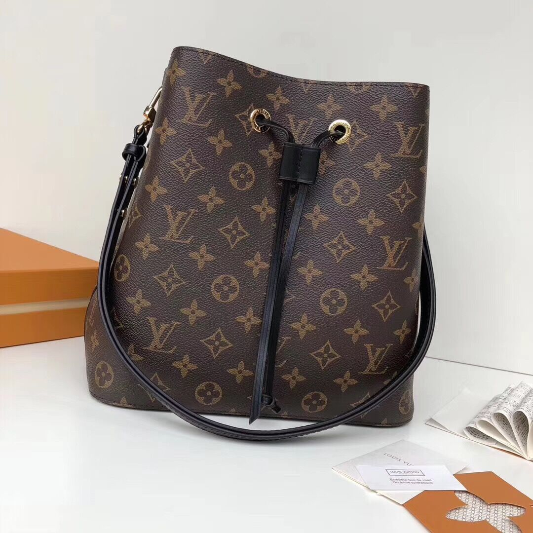 Louis Vuitton Women's Monogram Bag - FashionBeast