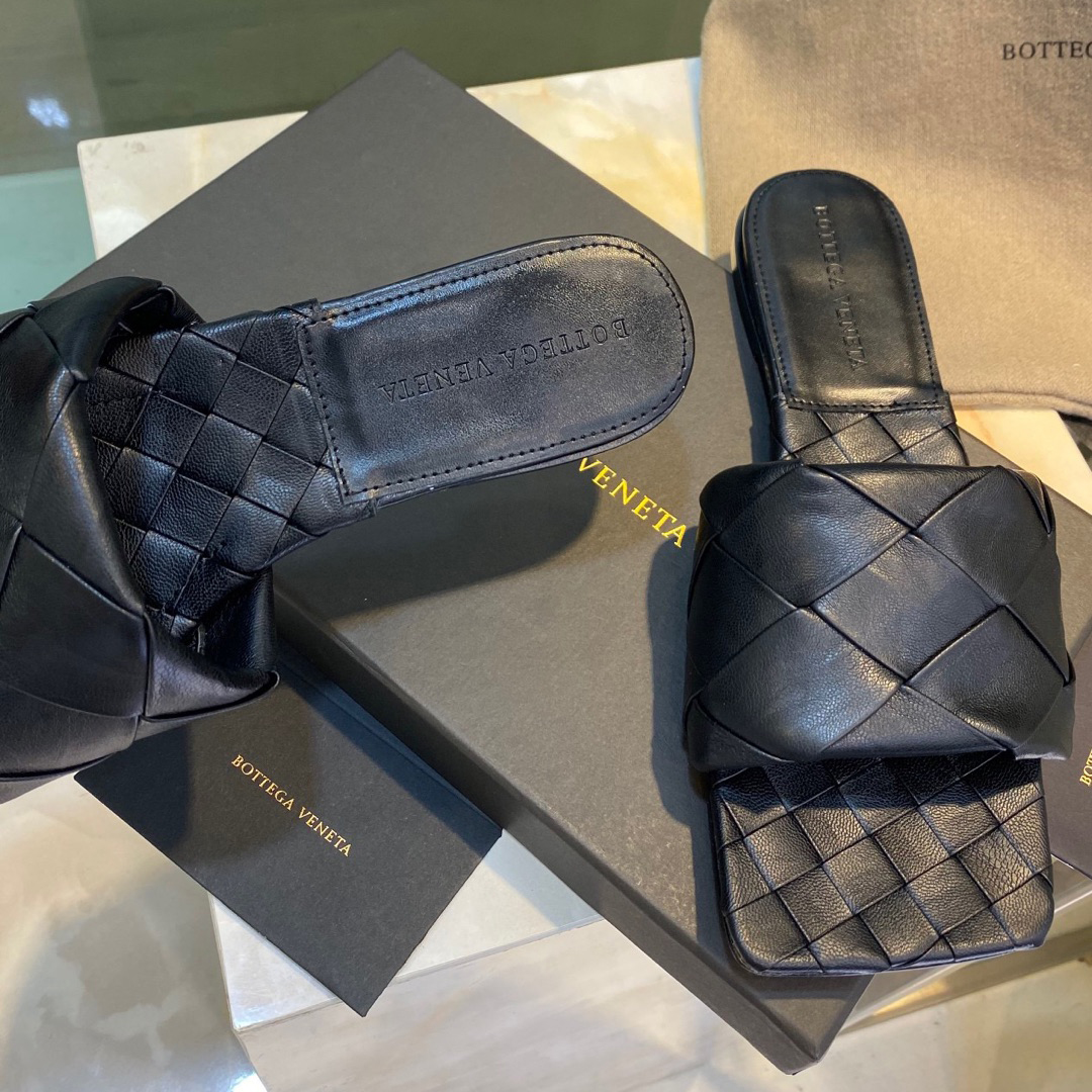 Padded Leather Sandals - FashionBeast