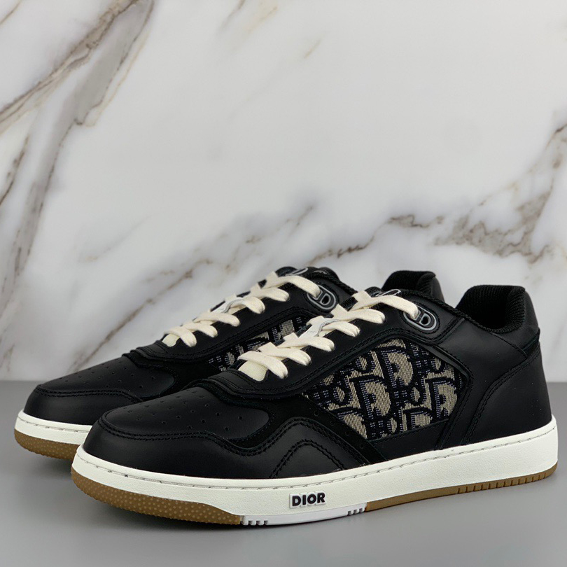 Oblique Low Top Sneaker - FashionBeast