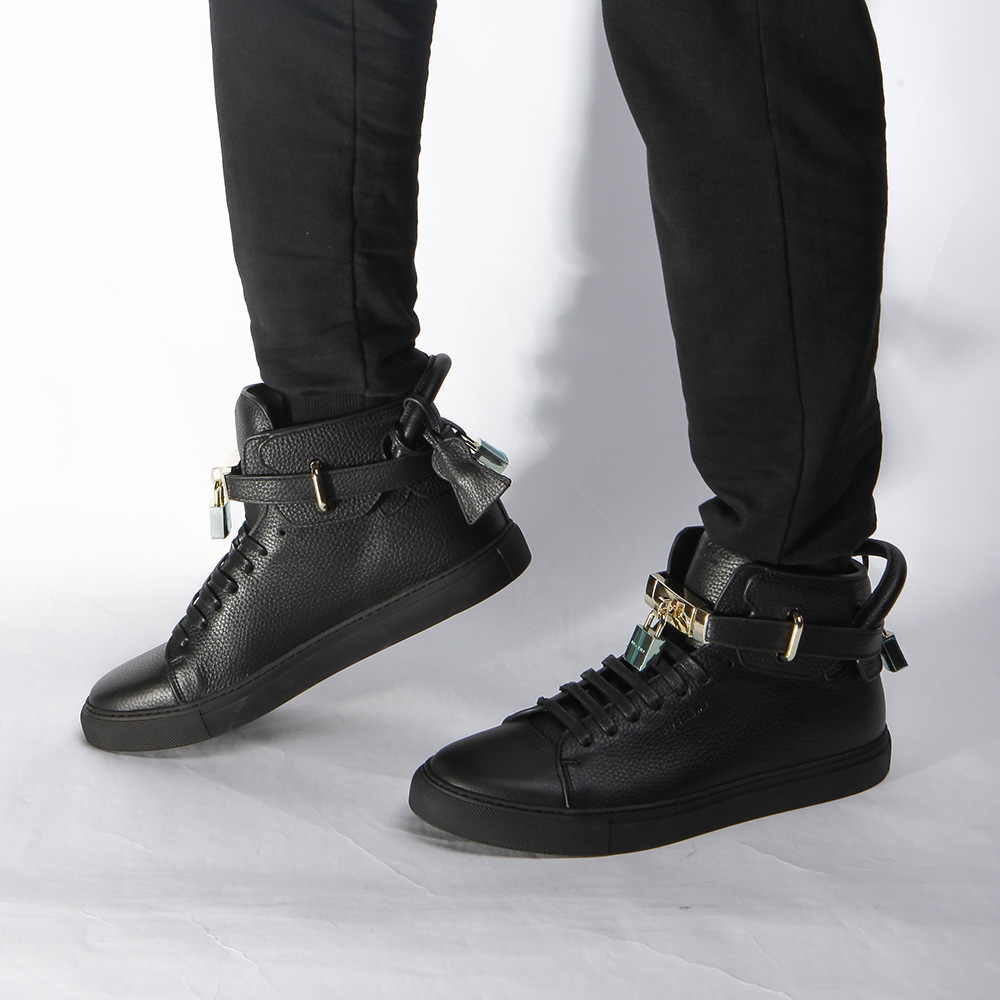 High-top Top Pebbled Leather Black Sneaker - FashionBeast