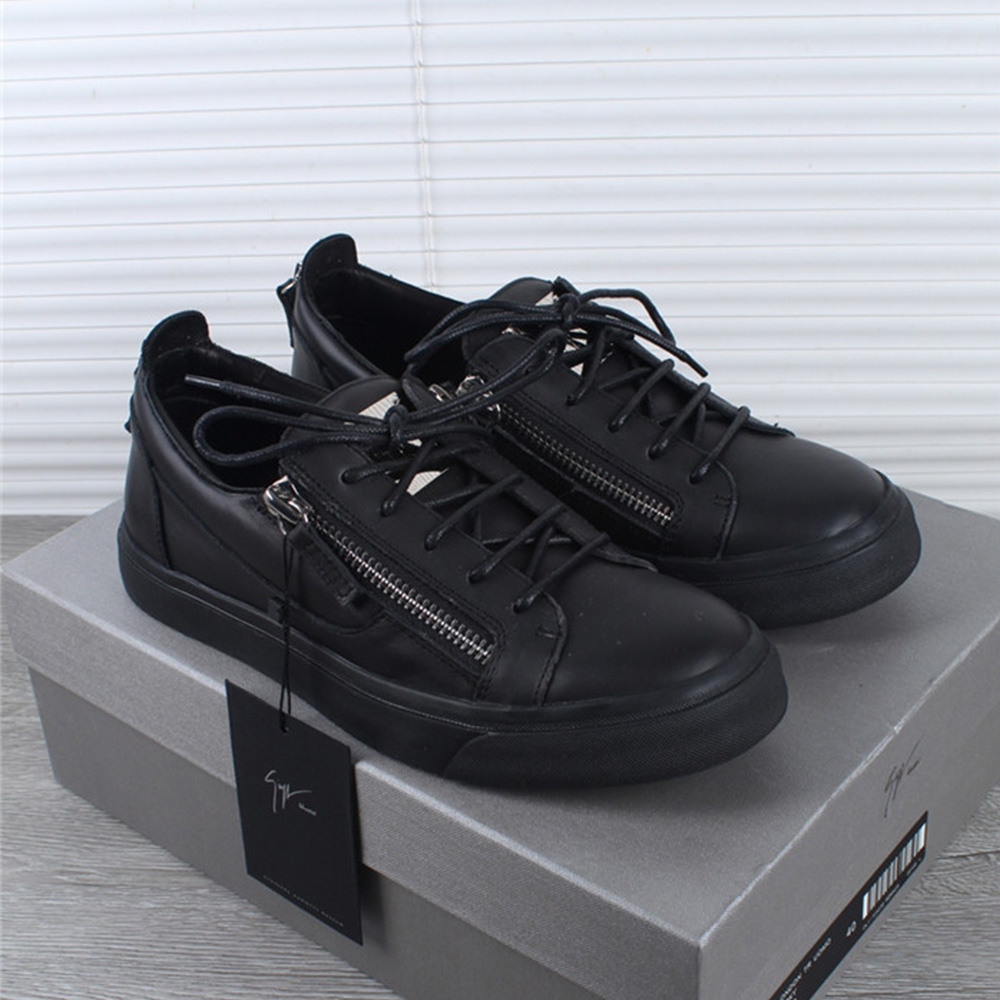 Giuseppe Zanotti Low Top Leather Black Sneakers - FashionBeast