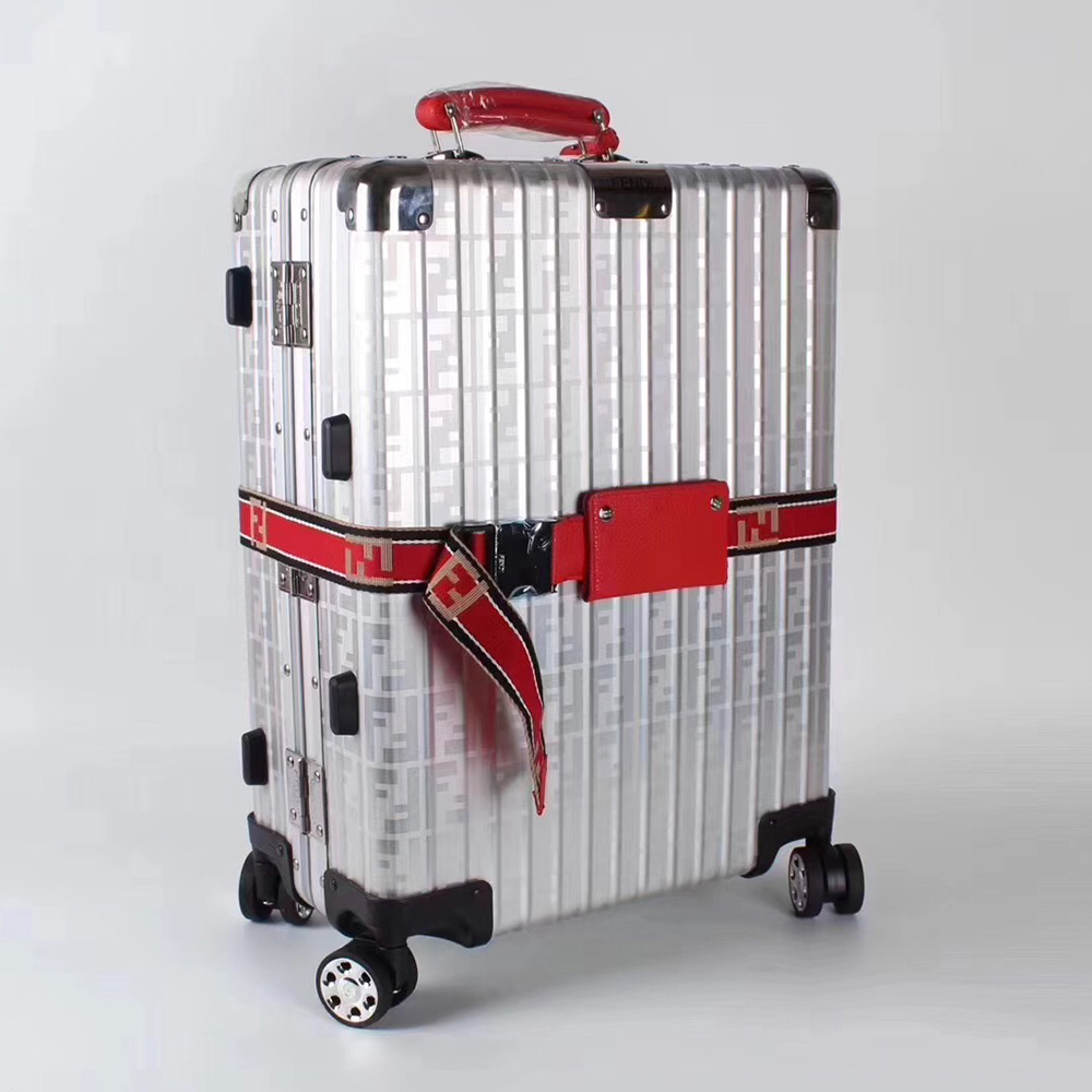 Cabin suitcase (Red) - FashionBeast