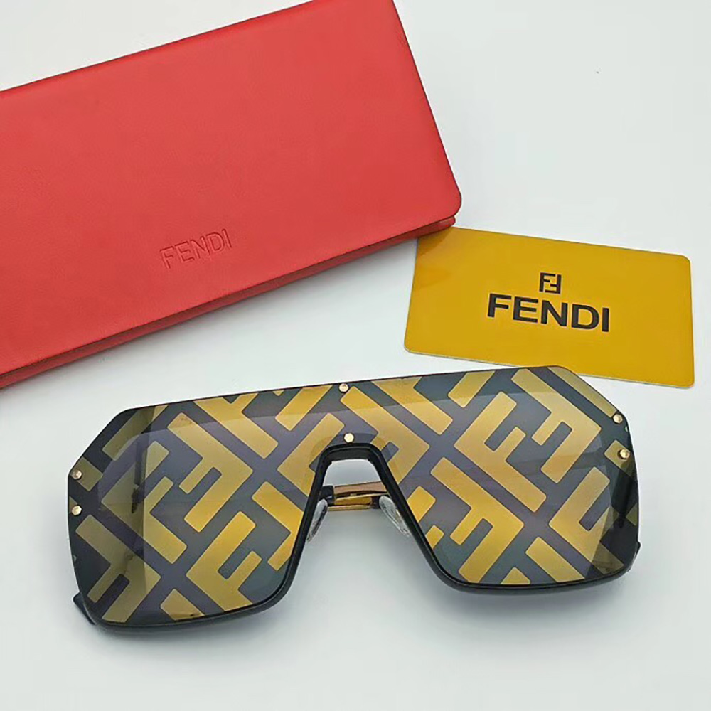 Fendi Sunglasses in Gold(FF0366) - FashionBeast