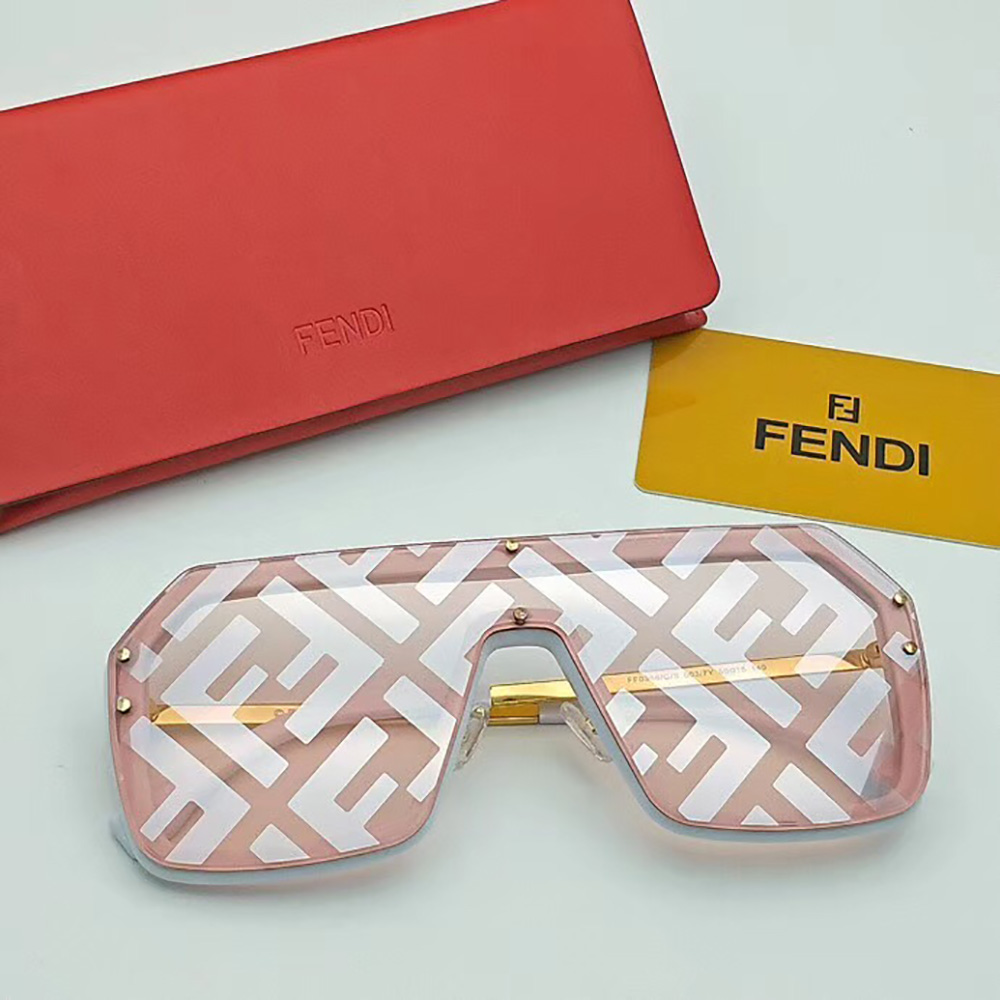 Fendi Sunglasses in Pink(FF0366) - FashionBeast