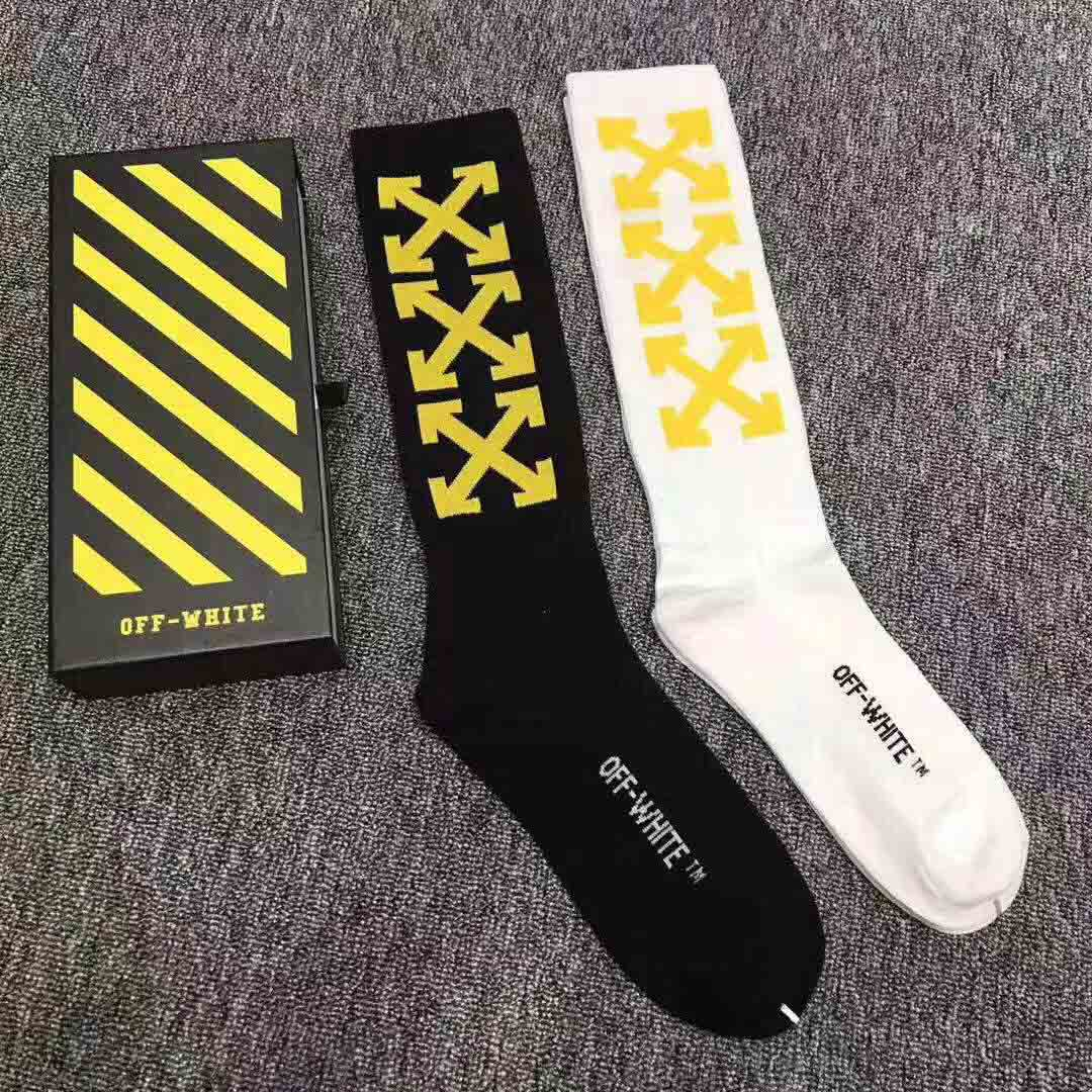 Off White Wing Off Socks in Black & White - FashionBeast