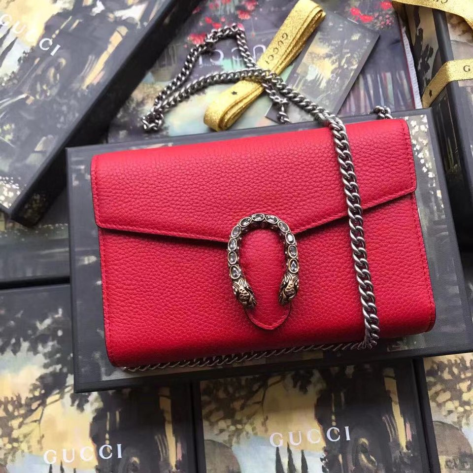 Gucci GG Supreme Mini Red Shoulder Bag - FashionBeast